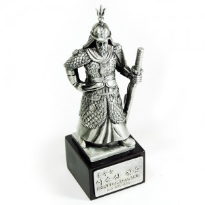 주석이순신장군동상 (중)