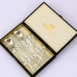 훈민정음 티타늄 부부수저 선물세트(제노바 우단케이스)