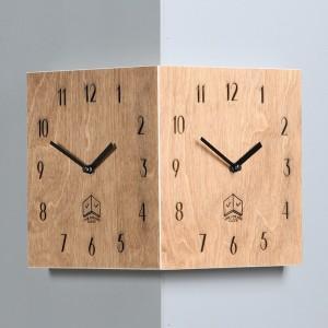 올드브라운 코너시계 (Old Brown Corner Clock)