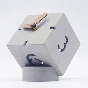 모던오피스 큐브 풍성 탁상시계 HBA115